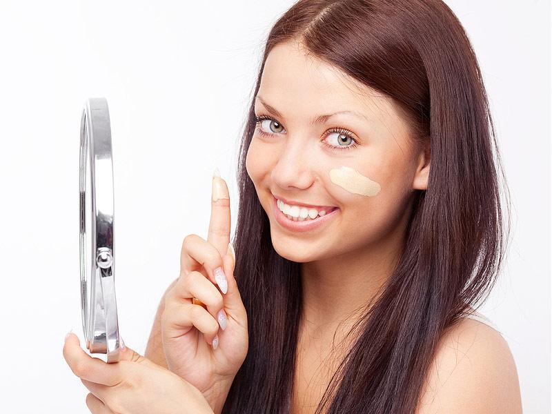 Как выбрать тональный крем для проблемной кожи