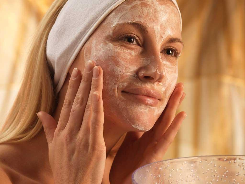5 роскошных масок для кожи, скрывающихся на вашей кухне